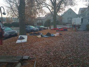"""2. ročník tradičního """"Vítání jara"""" aneb spaní v parku před hospodou @ Chotiná - park před hospodou"""